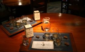 """Aggiungere acqua nel whisky è """"buono"""" o """"cattivo""""?"""